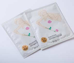 高原玫瑰檀香丝柔面膜组合盒装