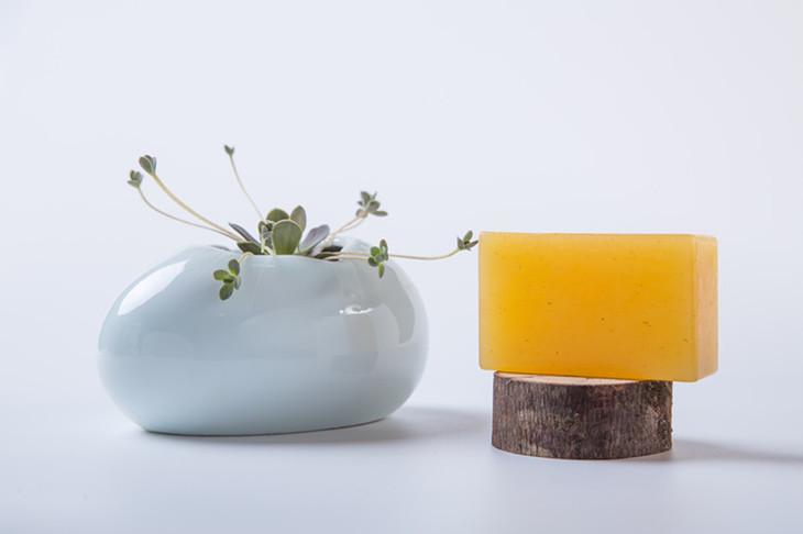 橙花蜜滋润抗皱手工冷制皂